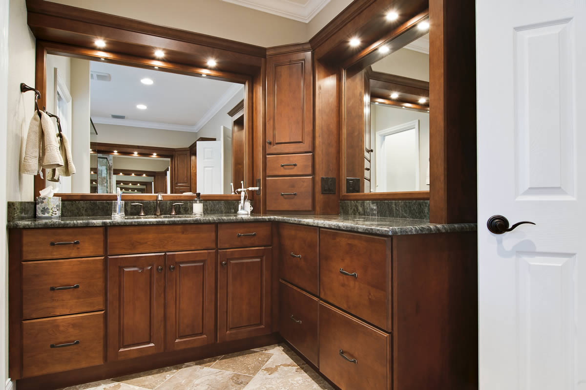 Bathroom remodeling orlando orange county art harding for L shaped master bathroom layout